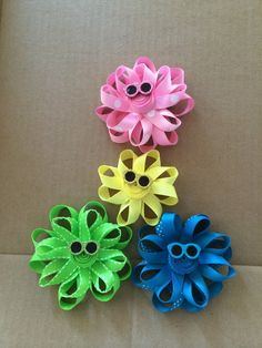 Sun inspired hair bow clips for bouncy pigtails. Ribbon Making, How To Make Ribbon, Bow Hair Clips, Hair Bows, Pinwheels, Sunglasses, Trending Outfits, Unique Jewelry, Handmade Gifts