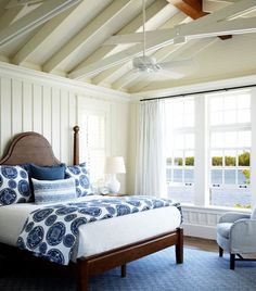 http://jensen-beds.com/ - like this blue color combination.