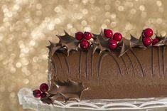 Découvrez les recettes Cooking Chef et partagez vos astuces et idées avec le Club pour profiter de vos avantages. http://www.cooking-chef.fr/espace-recettes/desserts-entremets-gateaux/buche-chocolat-poire-amandes