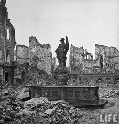 Civilian victims of a bombing raid on a german major city ...