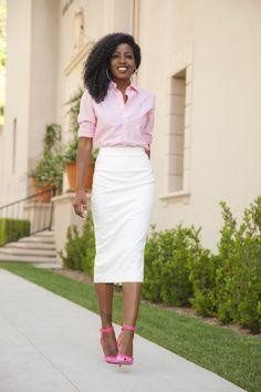 Boyfriend Oxford Shirt + Pencil Midi Skirt (Style Pantry) - business professional outfits on a budget Office Fashion, Business Fashion, Work Fashion, Skirt Fashion, Pencil Skirt Outfits, Pencil Skirts, Pencil Dresses, Midi Skirts, Chic Outfits