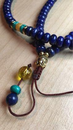 Buddha Mala This gorgeous natural stone mala contains a gorgeous Buddha pendant. Buddha Mala This gorgeous natural stone mala contains a gorgeous Buddha pendant. It is perfect to Jewelry Trends, Boho Jewelry, Vintage Jewelry, Jewellery, Jewelry Crafts, Handcrafted Jewelry, Artisan Jewelry, Crystal Healing, Natural Stones