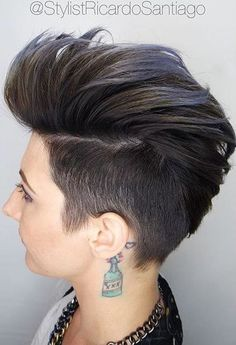 Faux Hawk Hairstyle for Women – Trendy Female Fauxhawk Hair Ideas. The faux hawk is an ever trendy take on one of the oldest haircuts in the world. Pixie Faux Hawk, Short Faux Hawk, Faux Hawk Women, Faux Mohawk, Women's Faux Hawk, Girl Faux Hawk, Female Faux Hawk, Pixie Mohawk, Faux Hawk Hairstyles
