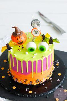 Childrens Halloween Party, Halloween Food For Party, Halloween 2020, Spooky Halloween, Happy Halloween, Haloween Cakes, Halloween Birthday Cakes, Halloween Desserts, Marshmallow Halloween