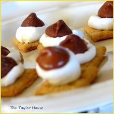 The Taylor House: Mini S'more Bites        Great idea and easy to do!  Gaugester would love this!