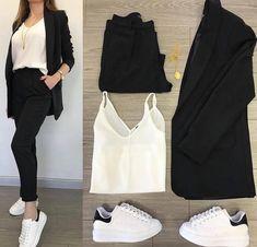 Fashion 2019 New Moda Style - fashion Girls Fashion Clothes, Teen Fashion Outfits, Fashion Wear, Fashion Tips, Casual Work Outfits, Classy Outfits, Stylish Outfits, Hijab Casual, Stylish Dresses For Girls