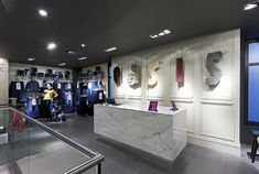 Oasis flagship store by Dalziel and Pow, London fashion
