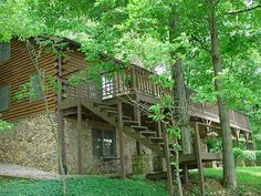 Visit LAKEHOUSEVACATIONS.com To Book This Home For Your Next Lake Vacation  To Rockville, IN On Raccoon Lake. 3 Bedrooms. Sleeps 8. For Rent Weekly U2026