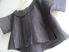 Kimono plissé sur la base du patron Phekda (Grains de couture pour enfants)