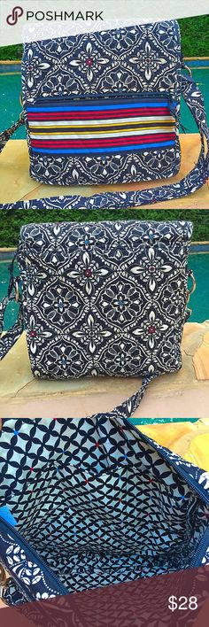 Vera Bradley Bacelona Hipster crossbody mailbag VERA BRADLEY CROSSBODY SHOULDER BAG MAILBAG STYLE IN RETIRED PATTERN:BARCELONA BLACK This is a roomy cross body in like new condition, no stains, tears, or signs of wear.  Measures approx 11.5 X 13 Zippered section in exterior flap also the inside main section zips Strong Magnetic closure. Vera Bradley Bags Crossbody Bags