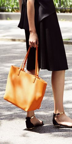 Gigi New York Tori Pebble Tote. Perfect for a chic work commute. #renttherunway