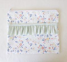 Este porta tablet de tecido pode ter as cores e estampas que você desejar