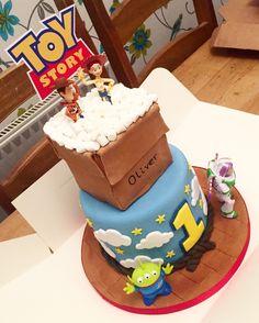 Disney Frozen Birthday Cake Gingies Bakes Pinterest Disney