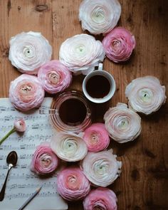 Ranunculus, Tableware, Dinnerware, Persian Buttercup, Tablewares, Dishes, Place Settings