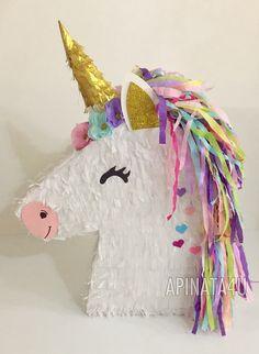 Unicorn Pinata with Flowers Unicorn Themed Birthday Party, 10th Birthday Parties, Diy Birthday, Birthday Party Decorations, Party Themes, Unicorn Pinata, Unicorn Party, Diy Piñata
