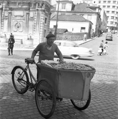 Antique Photos, Old Photos, Most Beautiful Cities, Back In Time, Old City, Street Photography, The Past, Black And White, History