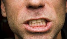 Estresse, problemas de estômago e sono agitado prejudicam a saúde bucal