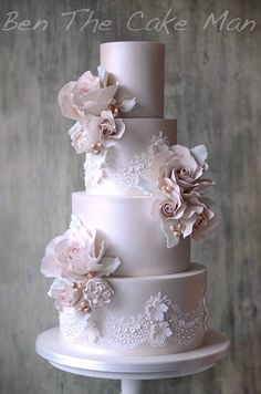 Ruffles & lace | Ben The Cake Man - Lustre Lace
