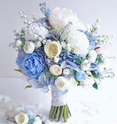 Brautsträuße Hochzeit Bridal bouquet Outdoor Trash Cans and Ash Bins Article Body: For any hotel or Prom Flowers, Blue Wedding Flowers, Bridal Flowers, Blue Wedding Bouquets, Blue Weddings, Purple Wedding, Bridal Bouquet Blue, Bride Bouquets, Flower Bouquet Wedding