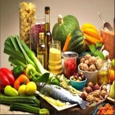 Dieta mediterrânea | Vagando na Net Diet Soup Recipes, Baby Food Recipes, Healthy Dinner Recipes, Healthy Snacks, Atopische Dermatitis, Contact Dermatitis, Dieet Plan, Dieta Atkins, Gluten Free Oatmeal