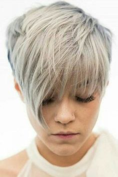 Layered Pixie Haircuts for Thin Hair picture2