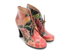 Fluevog Stunner - Don't know if I could pull this look off, but the floral leather is gorgeous.