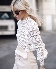 Street Style - Delicate Look :: THEKLOG.CO