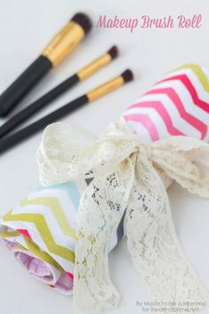 Great for traveling with makeup! DIY Makeup Brush roll tutorial.