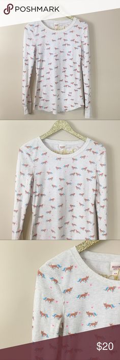 "Mission Supply Co. Fox Printed Thermal Excellent pre-owned condition. Mission Supply Co. Fox Printed Thermal. Warm cream Thermal with adorable fox and heart pattern. Scoop neck, long sleeve. Size M. Bust 34"", length 27"". No modeling/trades. Mossimo Supply Co Tops Tees - Long Sleeve"