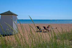 Aurinkoinen Bellevue hiekkaranta. Kuva: Hangon matkailutoimisto/Anne Saarenoja.