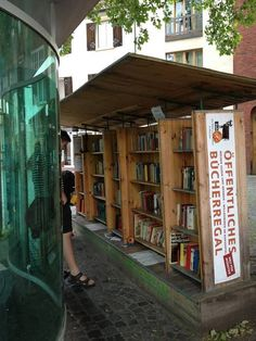 Free book exchange at German bus stop.