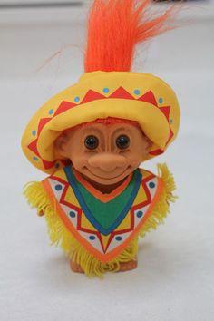 vintage russ troll doll christmas girl feliz navidad spanish