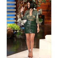 Rihanna at the Ellen DeGeneres Show while uplifting a vintage army-inspired jacket, a $1,595 Alexandre Vauthier green patent mini skirt and $850 Christian Louboutin Orange Python So Kate Pumps. Throughout the interview, Rihanna discussed her relationship with Drake, her dressing room essentials and […]