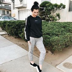 Fall Outfits, Cute Outfits, Fashion Outfits, Pregnancy Outfits, Pregnancy Tips, Maternity Fashion, Maternity Clothing, Target Style, Athletic Wear