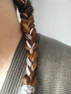 Boulevard Pink: DIY Peinado - Trenza con un toque de color