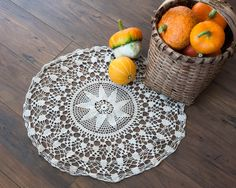 https://www.etsy.com/se-en/listing/201361228/vintage-round-crochet-tablecloth?ref=related-0