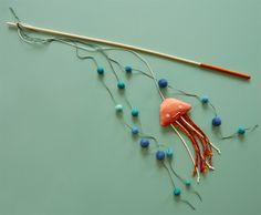 DIY Cat Toy: Jiggly Jellyfish #Hallmark #HallmarkIdeas