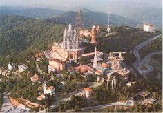 Muntanya de Tibidabo in Barcelona, Cataluña Vergnügen und grandiose Aussicht auf Barcelona
