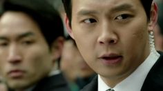 """Coming Soon """"Three Days""""  The South Korean President travels to a villa to enjoy his vacation. After gunshots are fired, he disappears. His bodyguard Han Tae-Kyung attempts to find the President in just three days."""