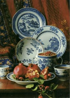 Beautiful blue earthenware and porcelain pieces.