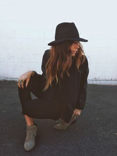 | Ivana Revic | Bloglovin'