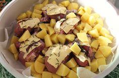 Petto di pollo con burro, salvia e rosmarino con patate al forno