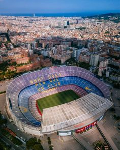 La imagen puede contener: cielo y exterior Camp Nou Barcelona, Barcelona Football, Barcelona City, Barcelona Travel, Family Vacation Destinations, Best Vacations, Fc Barcelona Wallpapers, Sequoia National Park Camping, Surfing Pictures