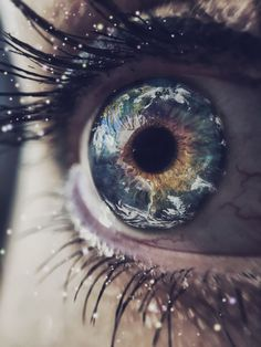 In her eyes image by Justatony. Discover all images by Justatony. Find more awesome earth images on PicsArt. Gorgeous Eyes, Pretty Eyes, Cool Eyes, Eye Photography, Creative Photography, Amazing Photography, Arte Pink Floyd, Aesthetic Eyes, Aesthetic Photo