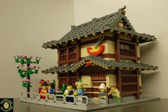 Lego Architecture, Japanese Architecture, Lego Winter Village, Noodle House, Lego Boards, Lego Christmas, Lego Building Blocks, Lego Star Wars, Star Trek