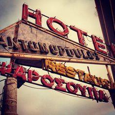 #old #neon #sign #vintage #Glyfada #Athens #Greece #instagreece #instamood #statigram #instadaily #follow #bestoftheday #igdaily #instalike #instalike #followme #life #photooftheday #love #beautiful #nice #picoftheday
