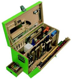 New diy box wooden projects Ideas Tool Box Diy, Wood Tool Box, Wooden Tool Boxes, Wood Tools, Diy Tools, Workshop Storage, Tool Storage, Diy Storage, Storage Boxes