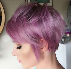 Fat purple hair color for a pixie cut - Kurze Haarschnitte - Lilac Hair Inverted Bob Hairstyles, Cute Hairstyles For Short Hair, Pixie Hairstyles, Short Hair Cuts, Short Hair Styles, Pixie Haircuts, Pixie Cuts, Girl Haircuts, Beautiful Hairstyles