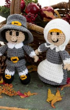 Pilgrim Pair Free Crochet Pattern from Red Heart Yarns