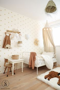 Baby Bedroom, Baby Room Decor, Room Decor Bedroom, Girls Bedroom, Baby Room Neutral, Baby Room Design, Toddler Rooms, Little Girl Rooms, New Room